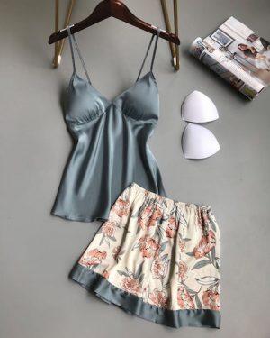 הלבשה אינטימית