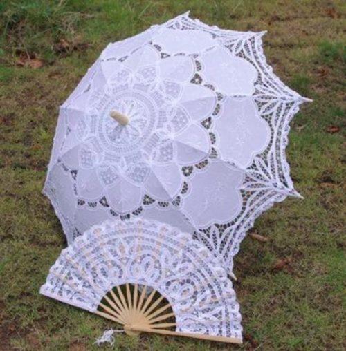 מטריה ומניפה מתחרה לכלה