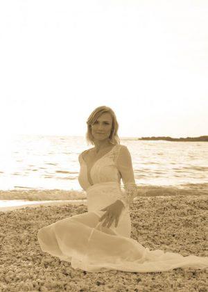מבריק שמלות כלה - שמלות כלה אביזרים וטראש דה דרס - בוטיק לכלה VV-66