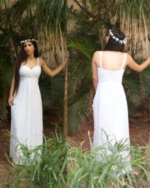 שמלה לבנה ארוכה פשוטה