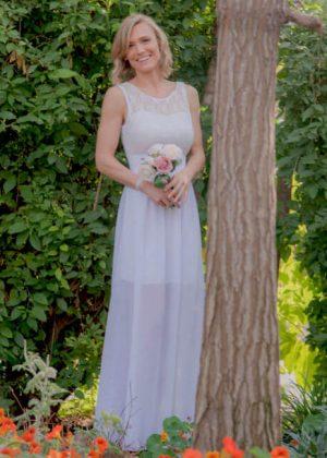 רק החוצה שמלות לטראש דה דרס Trash the dress בפחות מ 700 ש״ח - שמלות כלה NT-98