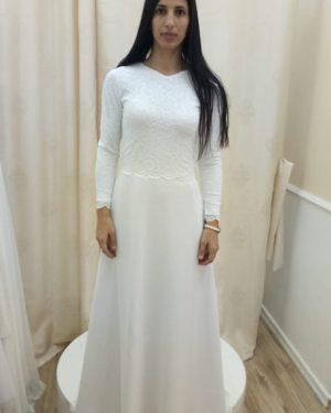 שמלה לבנה צנועה לחרדיות
