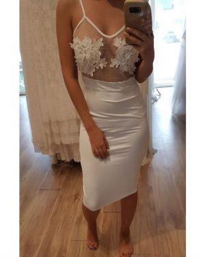 שמלה לבנה לטראש